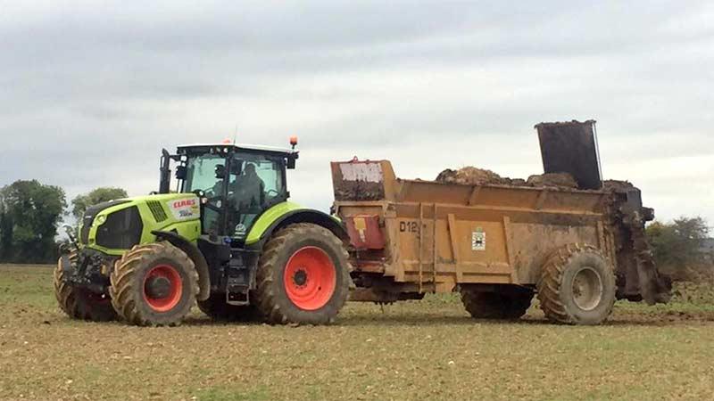 farmyard manure spreading 2